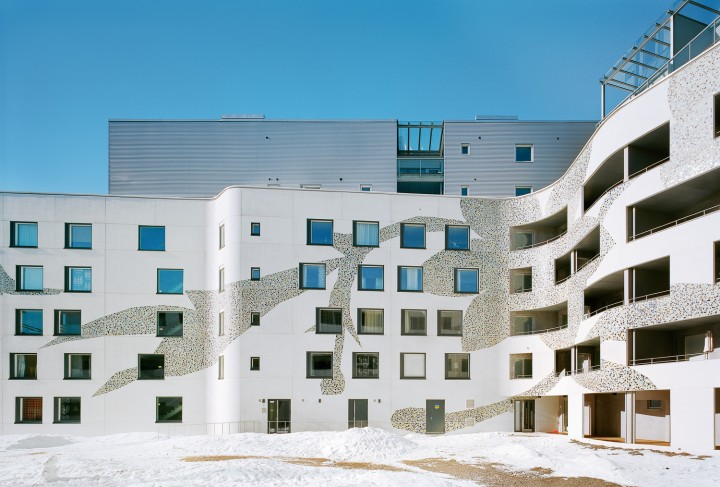 Flooranaukio Housing