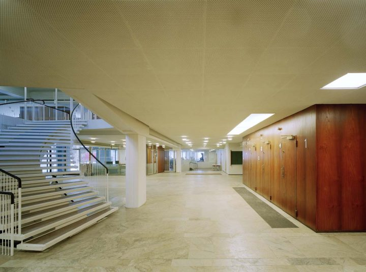 Entrance lobby with lifts, Helsinki University Porthania Building