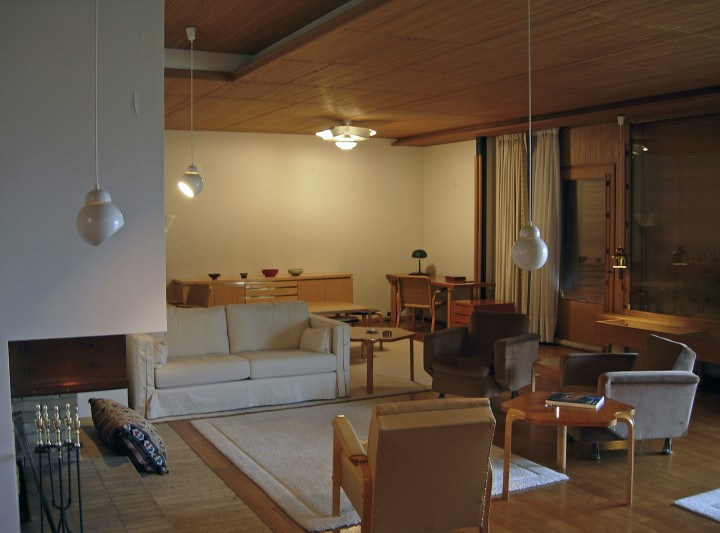Interior, living room in 2006, Maison Louis Carré