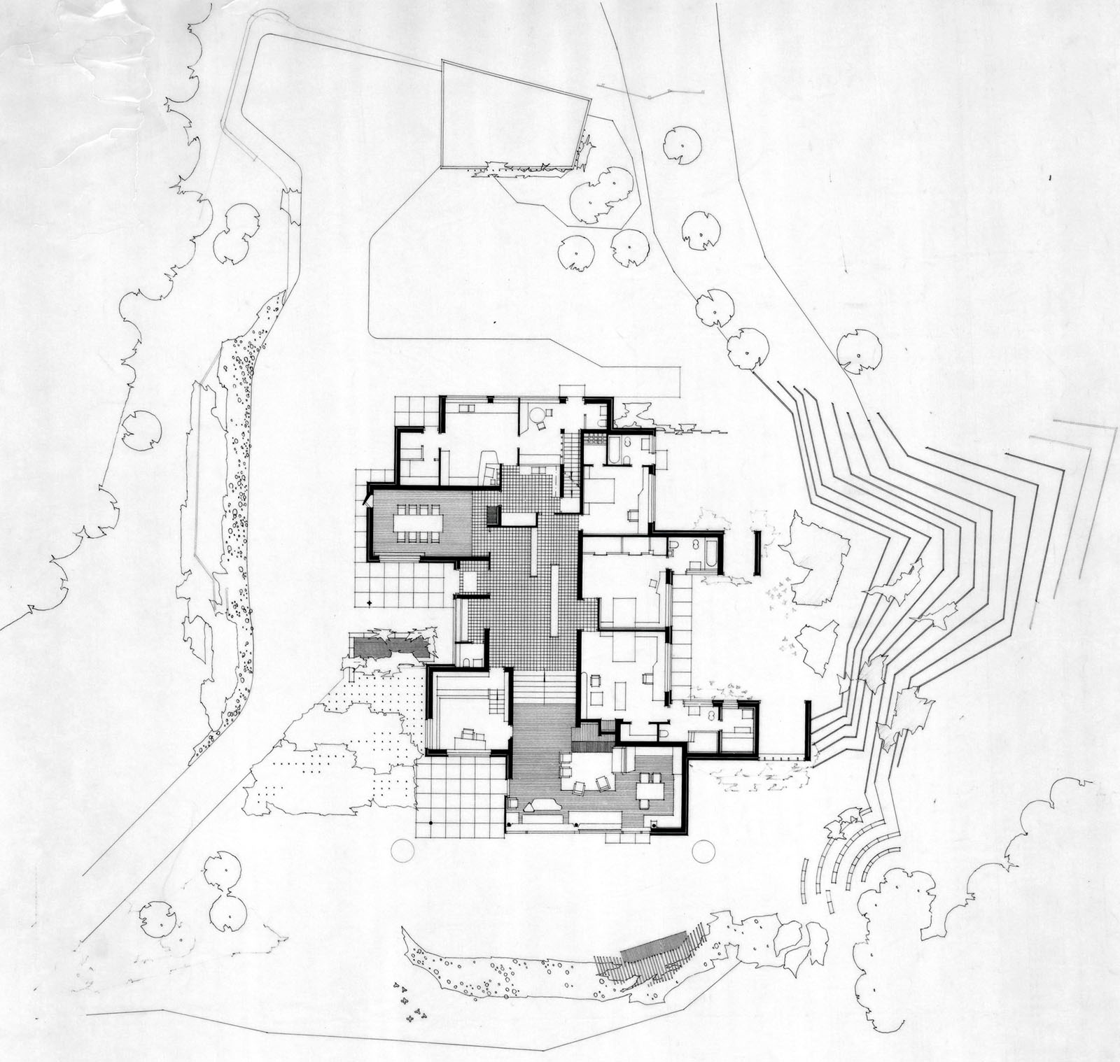 Site and ground floor plan maison louis carré