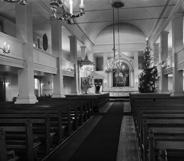 Christmas 1952, The Old Church