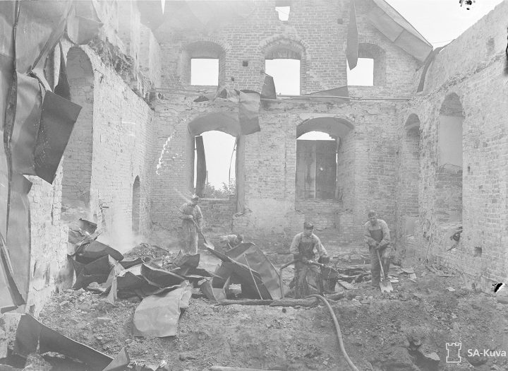 The roofs and castle church were destroyed in Soviet bombings on June 26, 1941., Turku Castle