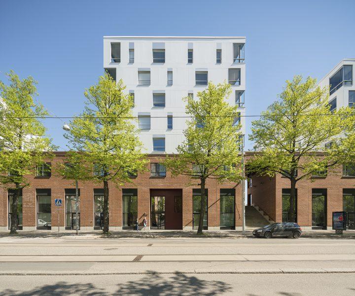 Street side façade, Aleksis Kiven katu 19 Housing