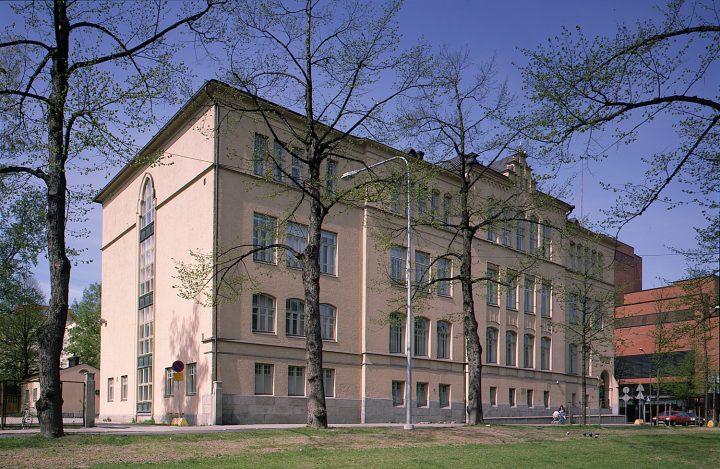 Hämeenpuisto street view, Tampere Girls' School