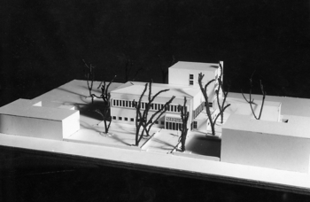 Scale model of Bryggman's 1935 proposal for the extension, Åbo Akademi Book Tower
