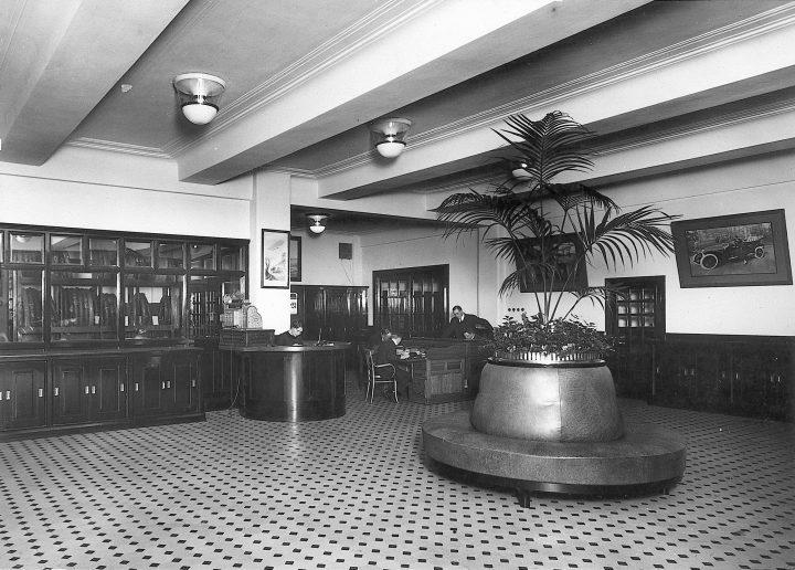 Original interior, Nikolayeff Commercial Building