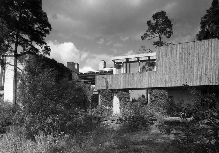 Coyrtyard facade in 1940s, The Aalto House