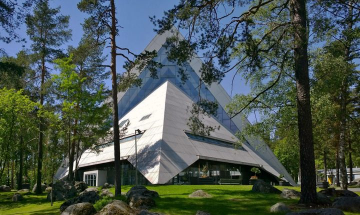 Church is surrounded by woods, Hyvinkää Church