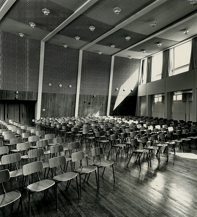 The hall, Pori Commercial School
