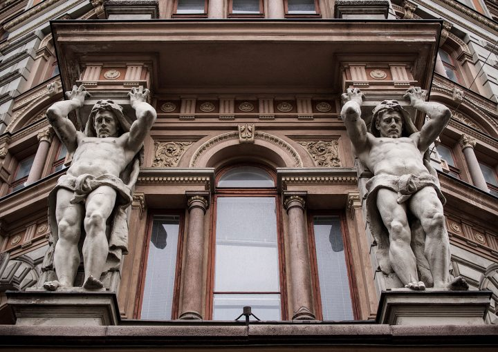 The male caryatids of the main façade, Erottaja 2