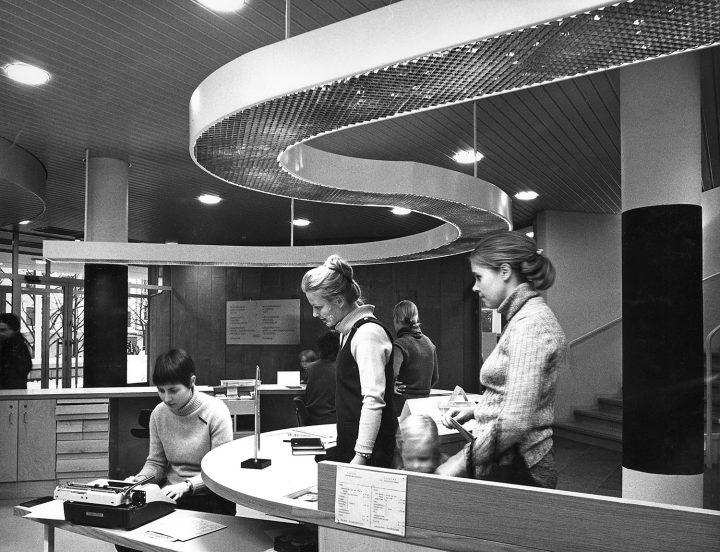 Lending desk, Töölö Library