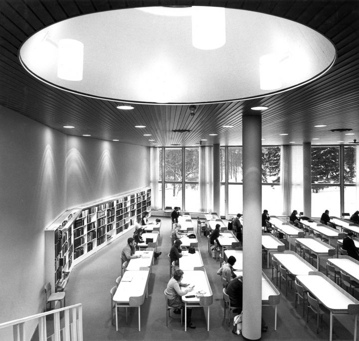 Reading room, Töölö Library