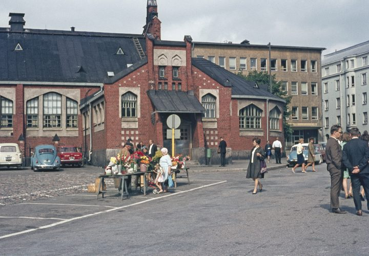 The market hall photographed from the Hietalahti Square, Hietalahti Market Hall
