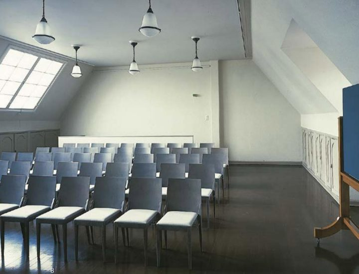 Lecture hall on the top floor, House of Learned Societies