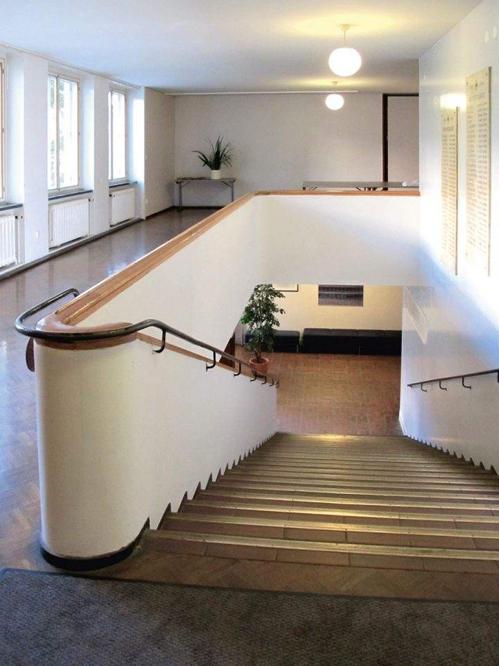 Stairs leading from the entrance lobby to the festival hall, Kåren Student Union Building