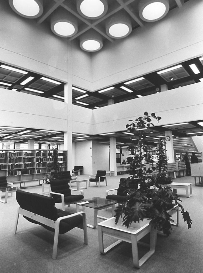 The interior, City Library