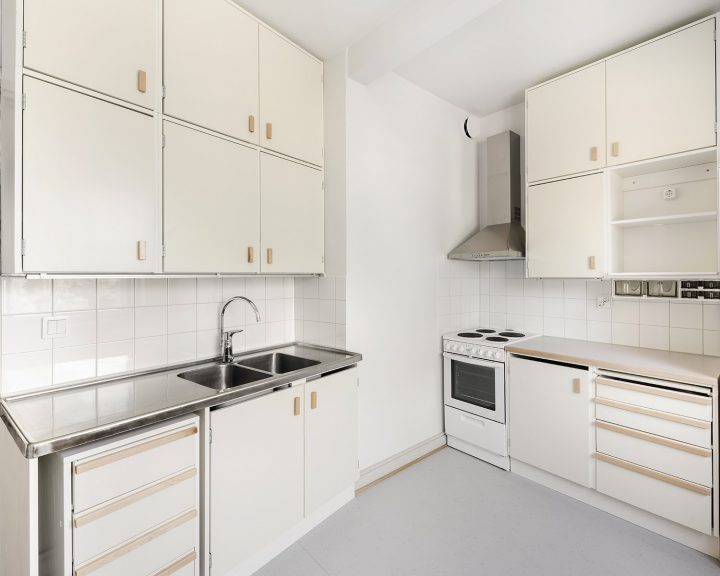 Kitchen after the renovation, Serpentine House