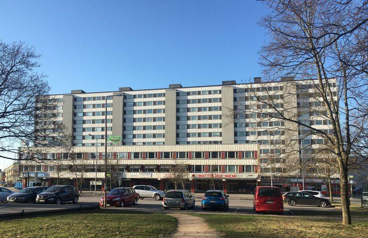 North façade, Keskuskartano