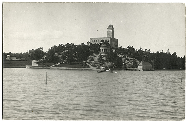View from the sea in 1916, Kultaranta Summer Residence of the President of Finland