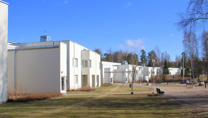 Southeast façade, Hausjärvi Healthcare Centre and Home for Elderly