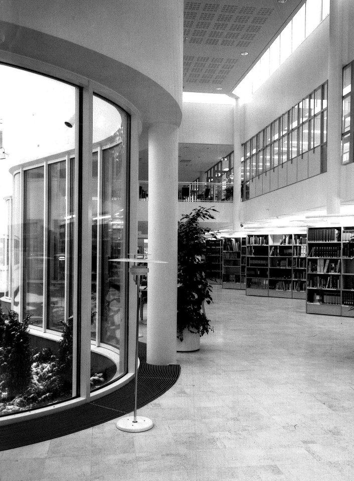 Main hall, Lahti Main Library