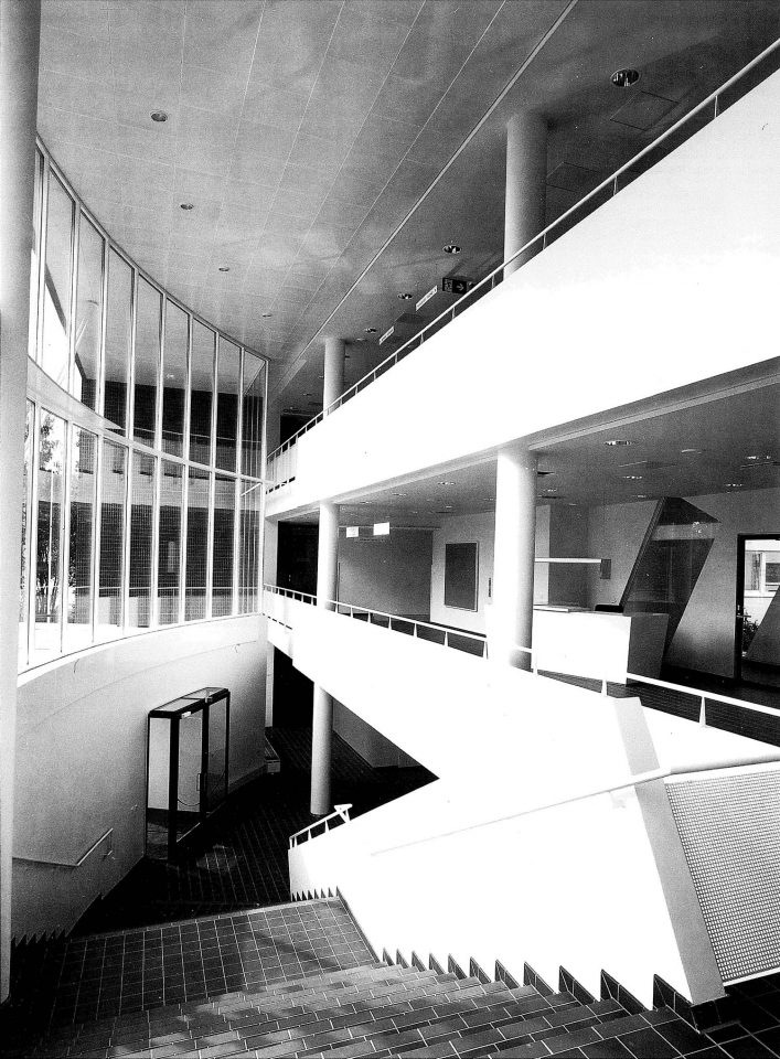 Main staircase, Munkkiniemi Service Centre