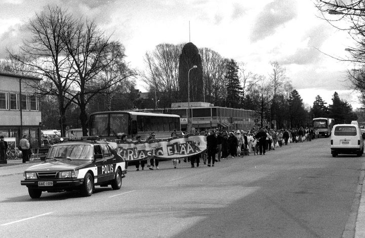 Opening parade in 1992, Joensuu City Library