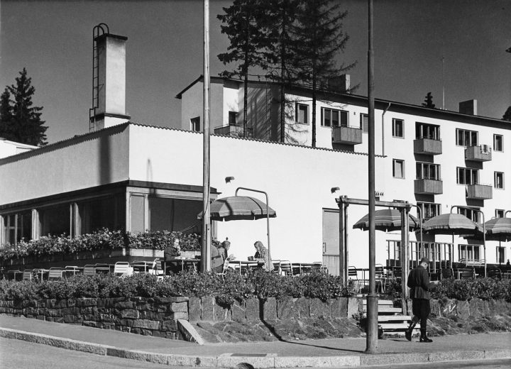 Koskelantie 44 photographed in 1942, Olympic Village