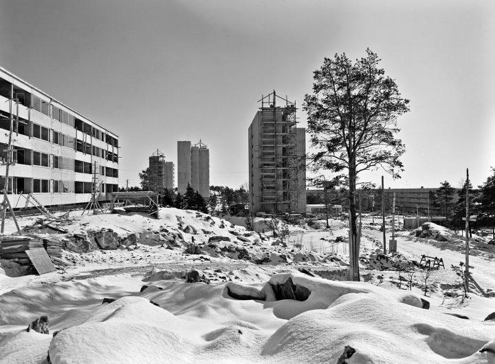 Construction site in 1963, Pihlajamäki Residential Area