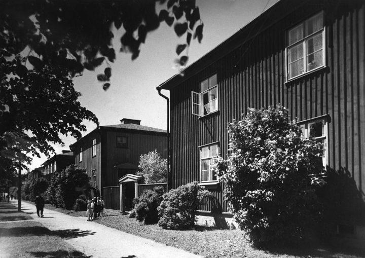 Pohjolankatu street view in 1930, Puu-Käpylä Wooden House Area