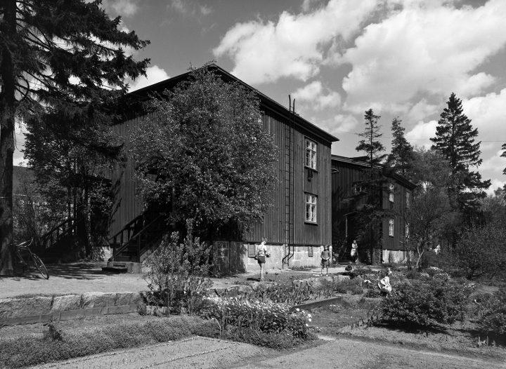 Tapiolantie wooden houses in the 1960s, Puu-Käpylä Wooden House Area
