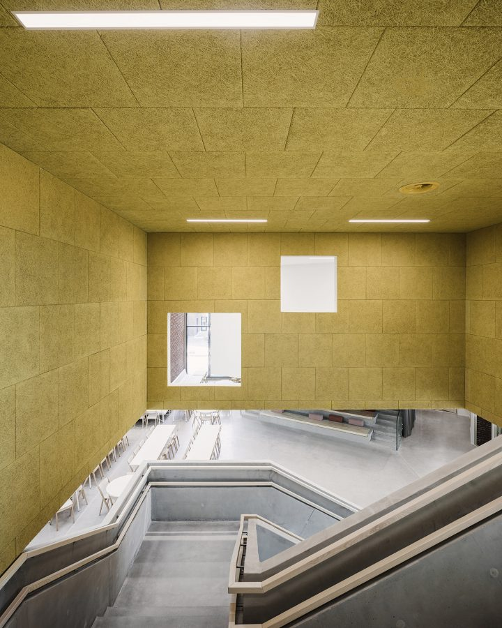 Staircase, Sipoonlahti School Extension