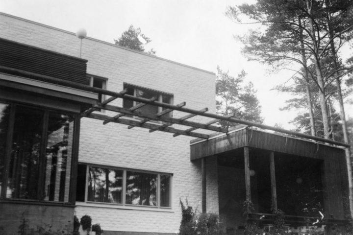 Southern facade, Kantola House