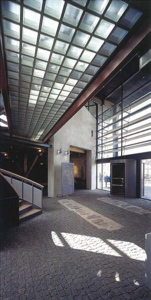 Entrance hall, Suomenlinna Museum