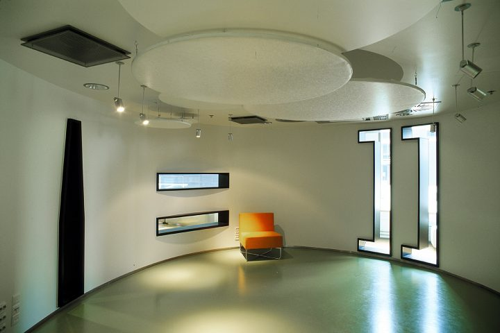 Inside the 'Bubble', Sello Library