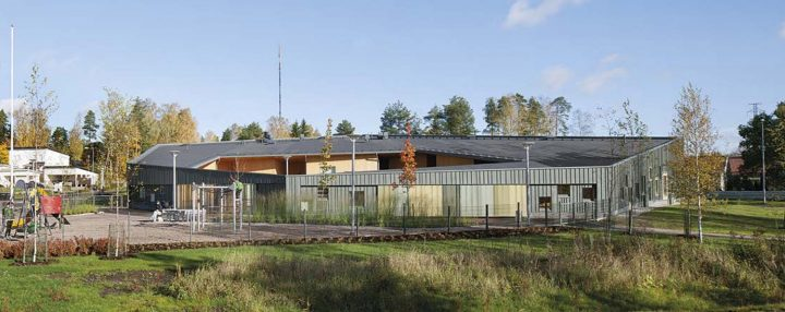 View from the west, Tillinmäki Daycare Centre