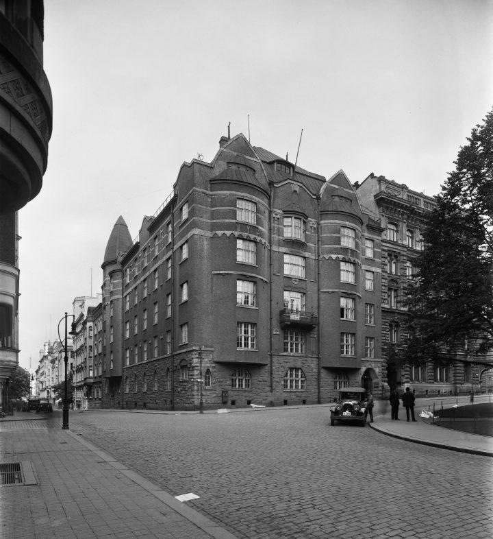 The building photographed in 1930, Uudenmaankatu 5 Art Nouveau Building