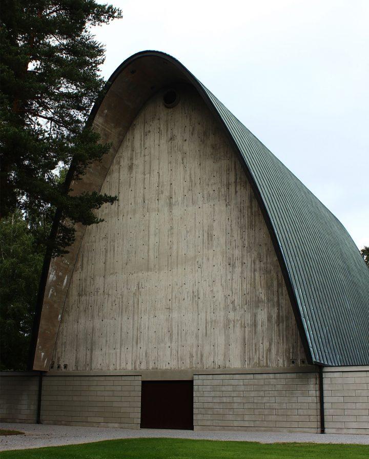 Main façade, Vatiala Chapel