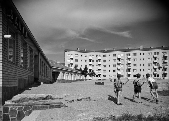 View from the yard , Women's Co-housing Asuntoyhteistalo