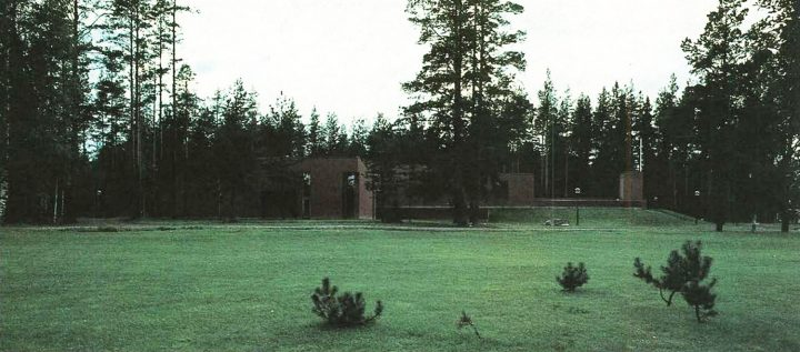 View from the southeast, Törnävä Funerary Chapel