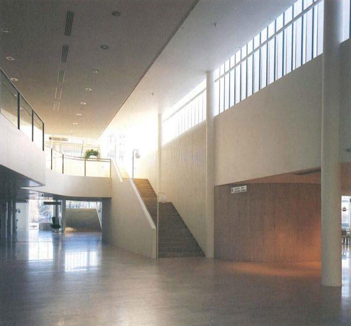 Entrance lobby, Espoo Cultural Centre