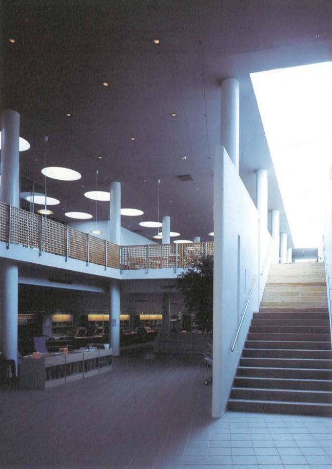 Library foyer, Poleeni Cultural Centre