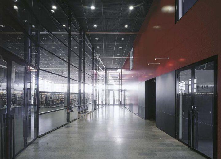 Entry foyer, Porvoo City Library