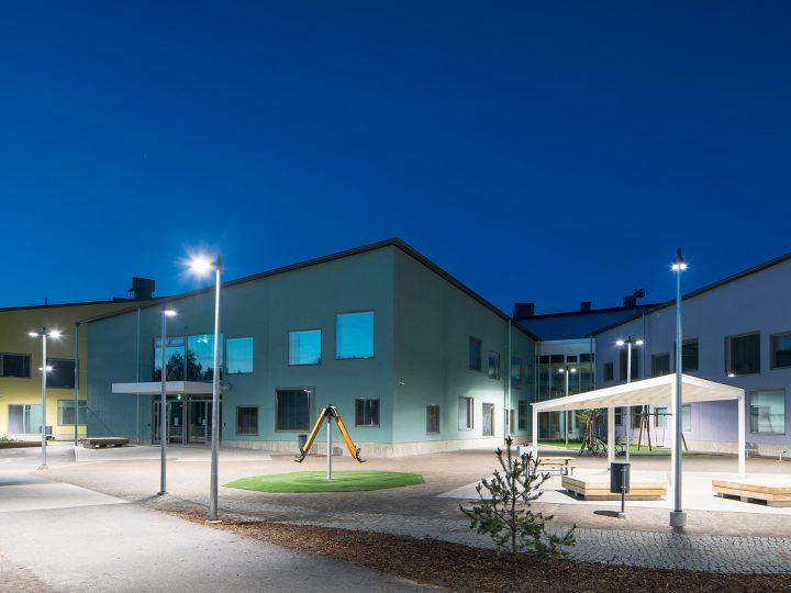 Isokylä Community Centre Puhto