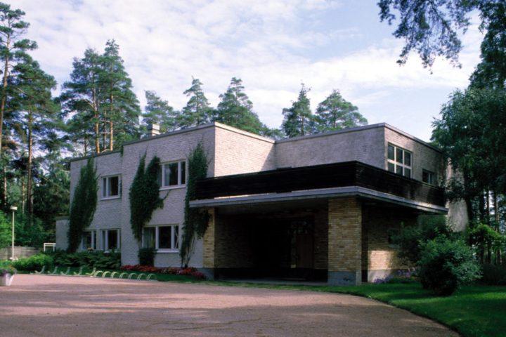Entrance, Kantola House