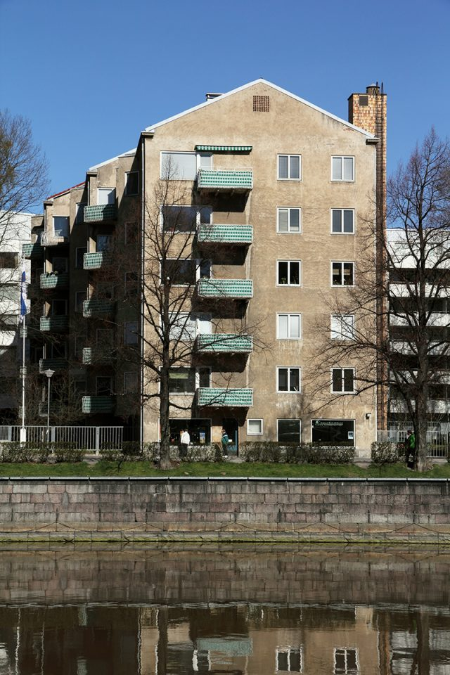 Gable towards the riverfront., Läntinen Rantakatu 21 apartment building