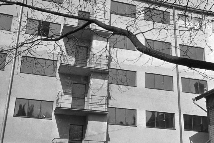 Standard Apartment House