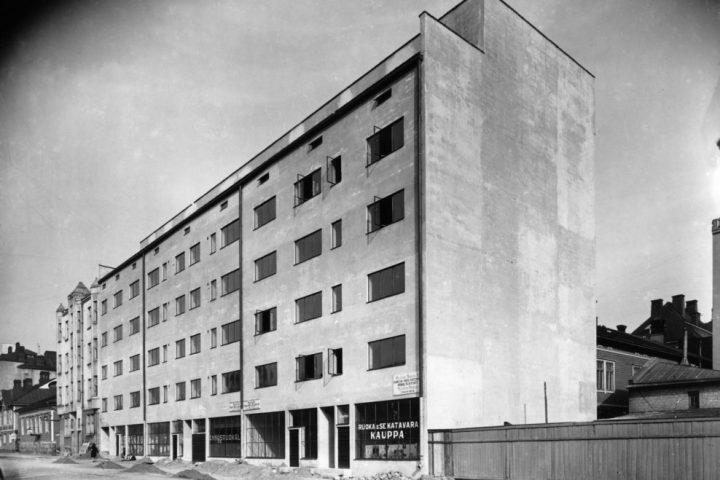 Facade, Standard Apartment House