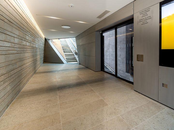 Entrance hall, Kakola Funicular Stations