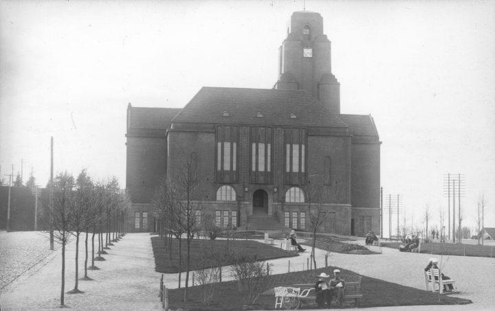 Main façade, Lahti Town Hall